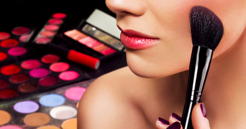 How to choose blush is essential for getting a bright healthy flush to your face.