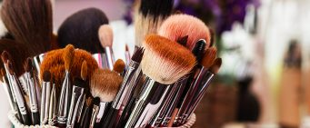 How to Clean Makeup Brushes Quickly & Easily