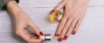 How Does Cuticle Oil Help Nails?