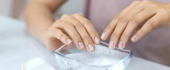 Five Different Ways to Remove Acrylic Nails at Home