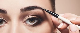 How to Apply Brow Gel to Achieve the Perfect Look