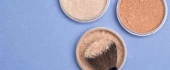 Keep Your Face Glowing All Day With a Finishing Powder