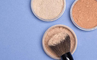 Makeup finishing powders