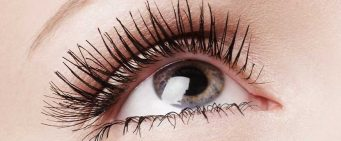 8 Lengthening Mascaras You'll Want to Add to Your Makeup Collection